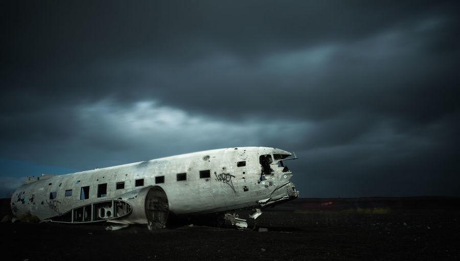 Plane wreck on
