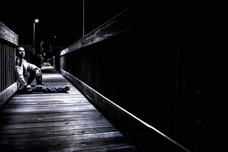 A pic I took of myself Kris Slater The Way Forward Diminishing Perspective Vanishing Point Day Narrow Footpath Outdoors Boardwalk Long Solitude Journey Tranquility City Life