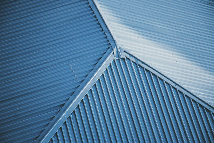 Corrugated Exterior Roof Straight Blue Built Structure Close-up Corrugated Iron Design House Iron - Metal Parallel Roofing Simplicity