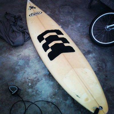 S riinizia seriamente Surf Wave Nev Surfboards Sky Skyline Sun Sunset Nev Paddle Tube Sand