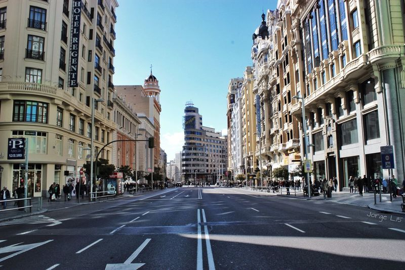 Gran Vía de Madrid SPAIN Taking Photos Eyem Best Shot - Architecture Architecture Streetphotography Enjoying The View Somosfelices Españoles Y Sus Fotos Film