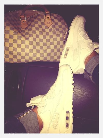 Airmax90 Louis Vuitton Speedy30 😚