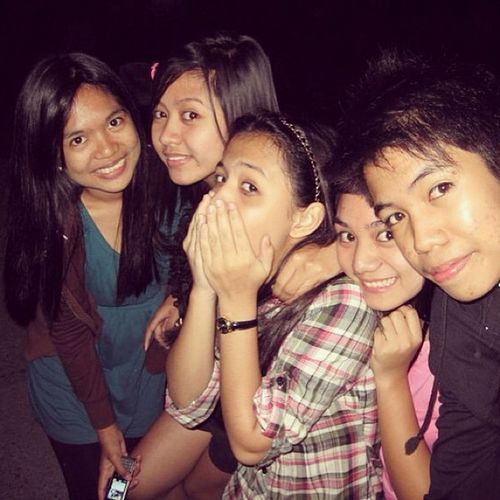 Le friends and classmate in province. Throwback2010 Christmassvacay Instaborn Intagram wacky ??