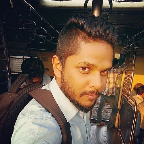 Mumbailocal Beard Beardupdate Incominghome loveyourself instalook instapeople instaclick kill time in the train