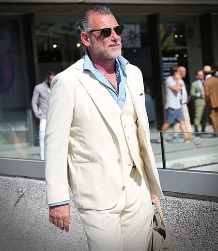 FLORENCE- 13 June 2017 Alessandro Squarzi on the street during the Pitti Cool Dapper Fashion Fashionista Fashionphotography Fashionweek Florence GQ Lifestyle Look Luxury Mensfashion Menstyle Menswear Outfit Pitti Pitti92 Pittiuomo Streetfashion Streetstyle Streetwear Style Vogue Vogueitalia Voguemagazine