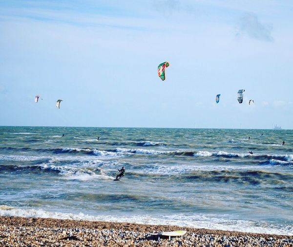 Kitesurfing 8 Sea Adventure Beach Extreme Sports Horizon Over Water Water Beauty In Nature Nature Flying Wave Sport Paragliding Real People Sky Kiteboarding Outdoors Scenics Parachute Day Parasailing Kitesurfing Worthing