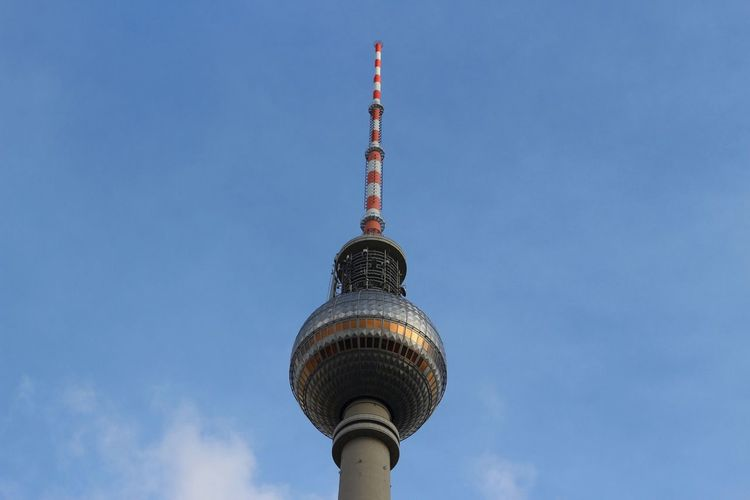 Berliner Fernsehturm Architecture Tower Television Tower Travel Destinations Sky No People Berlin Fernsehturm Alexanderplatz Berlin Mitte Cielo Travel Photography Germany Berliner Fernsehturm First Eyeem Photo
