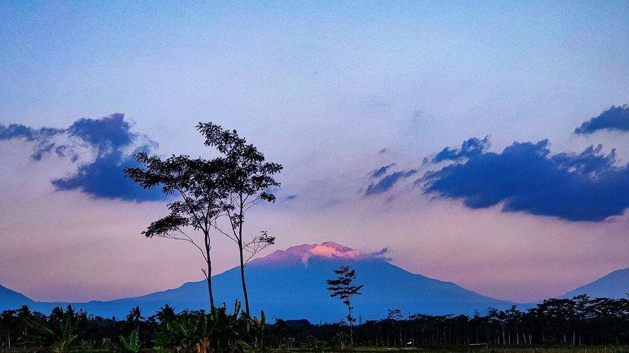 🗻 mountain