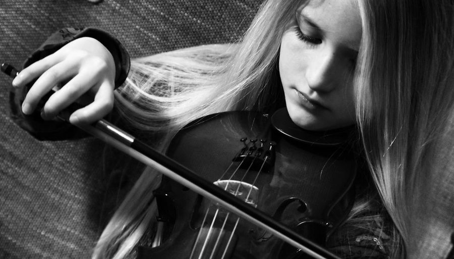 Violin Instruments Music Musician Girl Child Black And White The Portraitist - 2016 EyeEm Awards