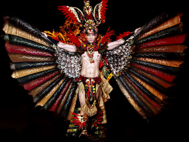 Fashion Carnival Costume Black Background Colors EyeEm Best Shots Fashion INDONESIA Looking At Camera Olympus Carnival Close-up Color Image Costume Front View Getolympus Glamour Indoors  Light And Shadow Male Night Olympusinspired One Person Portrait Uniqueness