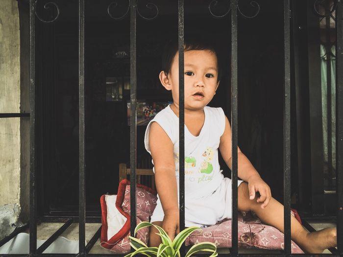 """Baby in the Window"" Baby Cute Window Innocence Cute Baby Portrait House Chubby Cuteness Love Giggles Happy Photography Photo Life Play Home EyeEm EyeEm Best Shots EyeEmNewHere EyeEmBestPics EyeEm Best Edits Eyeemphotography Eyeem Philippines Eyeemphoto"
