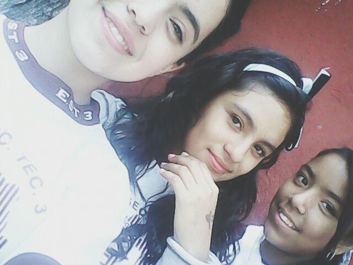 Mejores amigas. Yolo❤