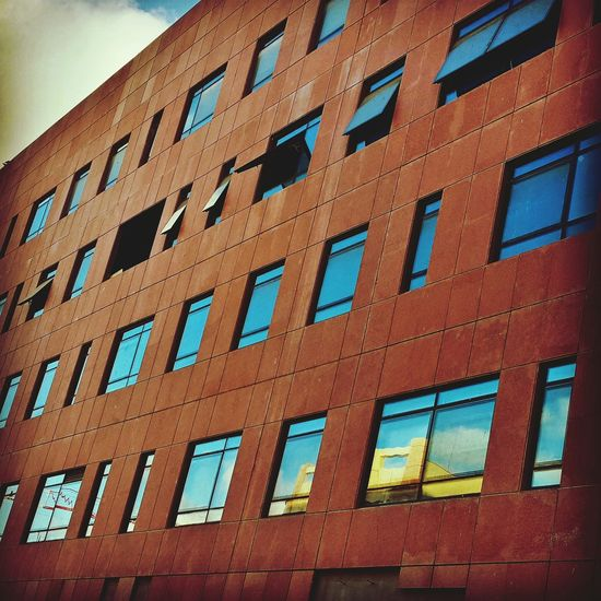 Building Urban Geometry VSCO Windows Office Red Open Window The Graphic City