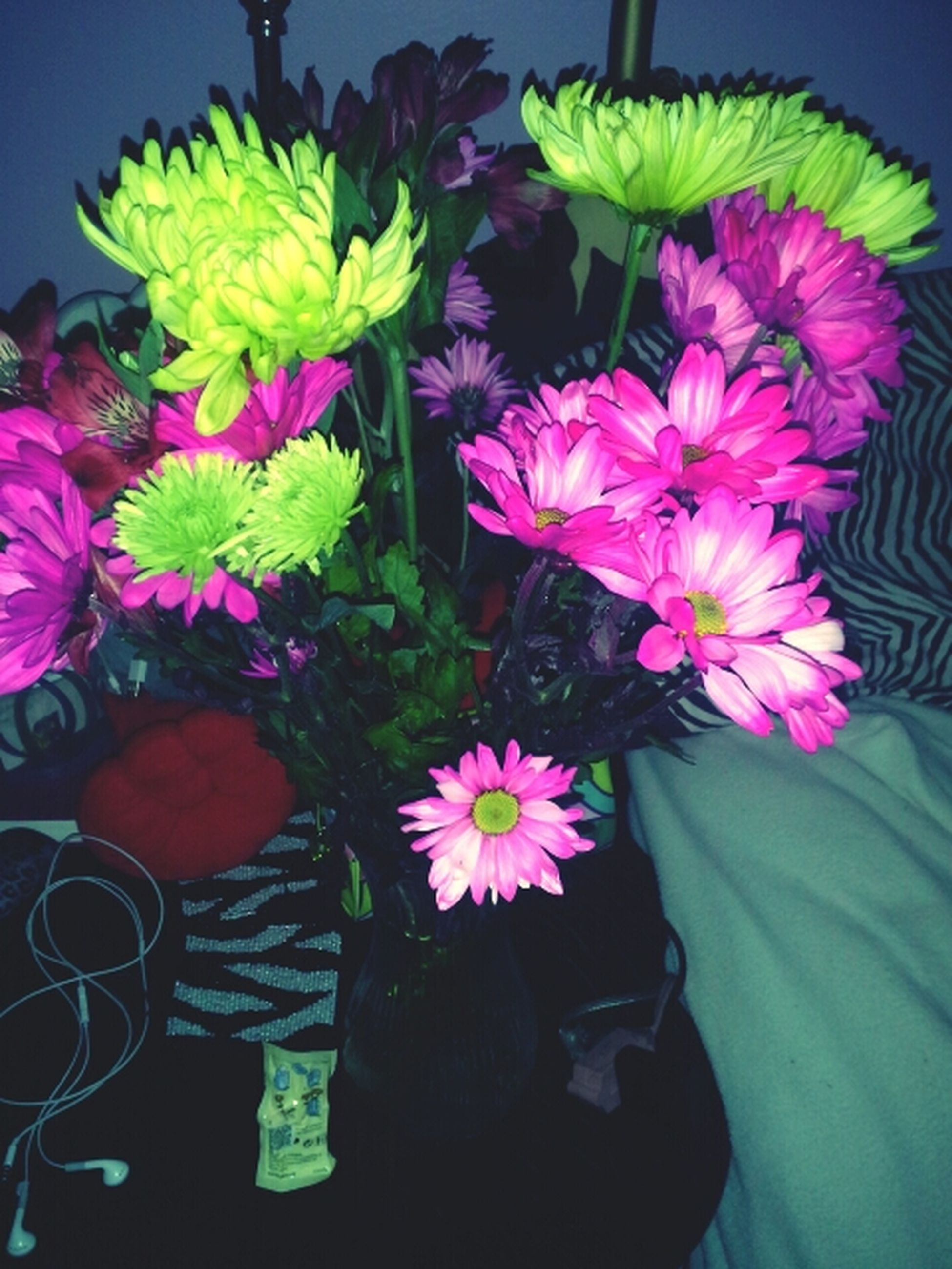 flower, petal, freshness, fragility, flower head, indoors, vase, beauty in nature, plant, leaf, growth, close-up, high angle view, potted plant, multi colored, nature, bunch of flowers, bouquet, flower arrangement, blooming