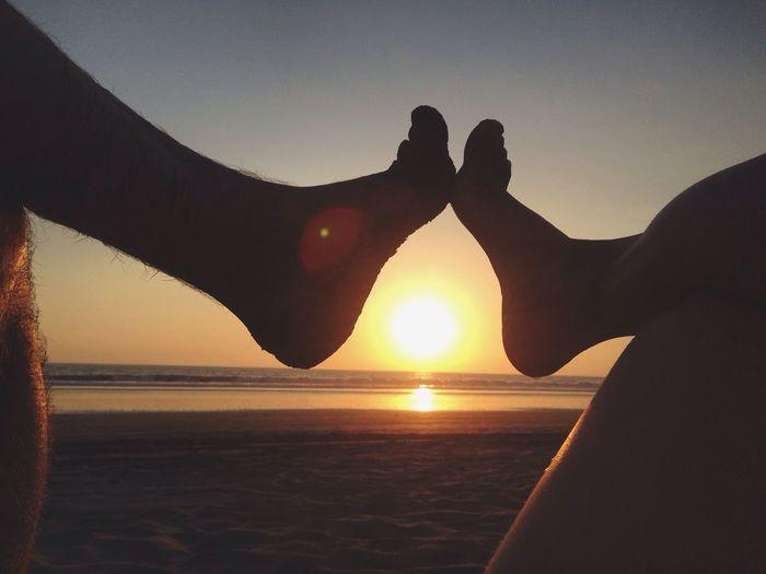 Whenthesungoesdown Ogrefootfetish Sunset Sunset Silhouettes Footfetish Puravida BeachSunset JacoBeach Toesinthesun Toes