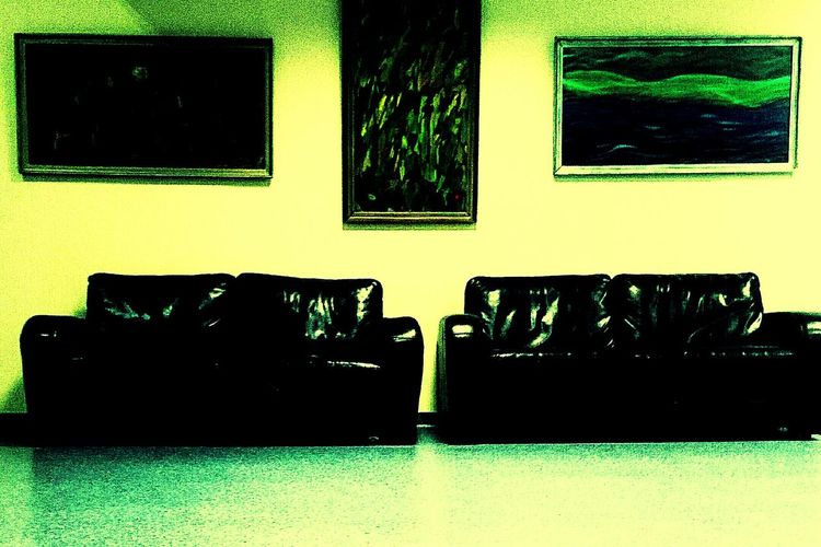 Art Drawing Relaxing Taking Photos Couches Wall Dark Usual