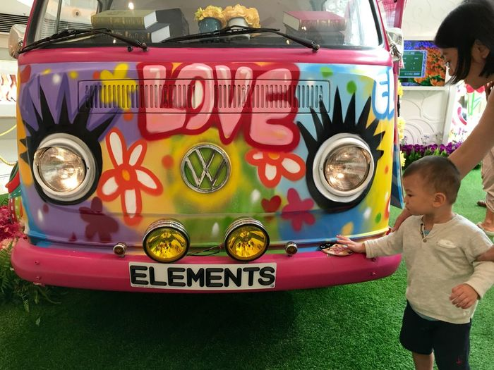 Volkswagen Art, Drawing, Creativity Love In Touch With Love Graphic Design Art Display Watching People People Watching Interior Views