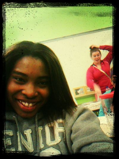 ..lhh At Britts Facee ..gotta Lovee Her!!!