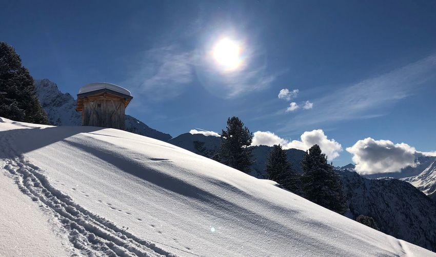Spuren im Schnee Snow Sky Cold Temperature Winter Nature Architecture Cloud - Sky Sunlight