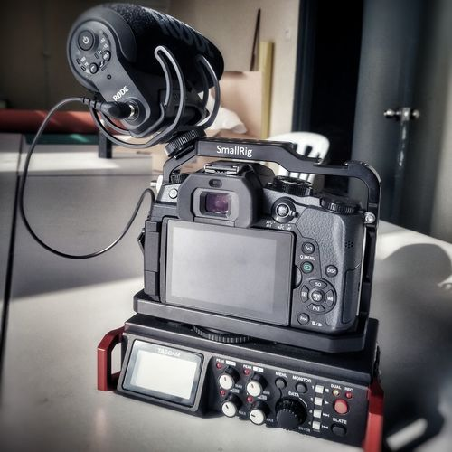 dslr video rig EyeEm Selects Retro Styled Indoors  Old-fashioned Camera - Photographic Equipment Photography Themes No People Close-up Technology Day