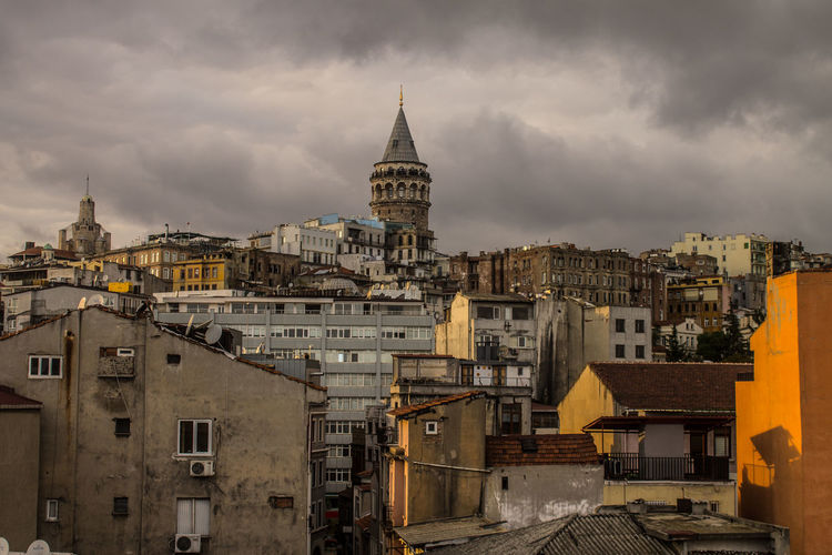 Galata Tower Istanbul Fotoromancı Sky Blackandwhite Architecture Built Structure Building Exterior Building Cloud - Sky City Residential District Nature Crowd Crowded Travel Destinations Cityscape Outdoors Community Overcast EyeEmNewHere A New Beginning