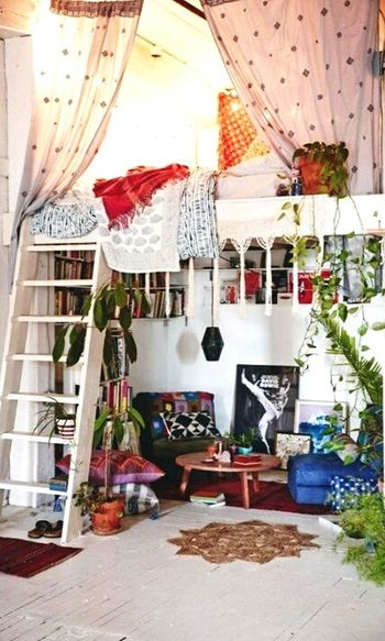 Yes, this is gonna be my new room, I got inspired by tumblr and pinterest, and I cant wait to have a room like this Furnitures Room Tumblr Pinteresting Pinterestsuccess