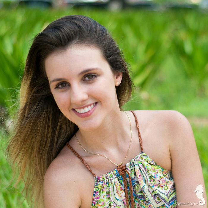 Modelo: Livia Nogueira. Portrait Photography Praiavermelha Errejota  Rio De Janeiro