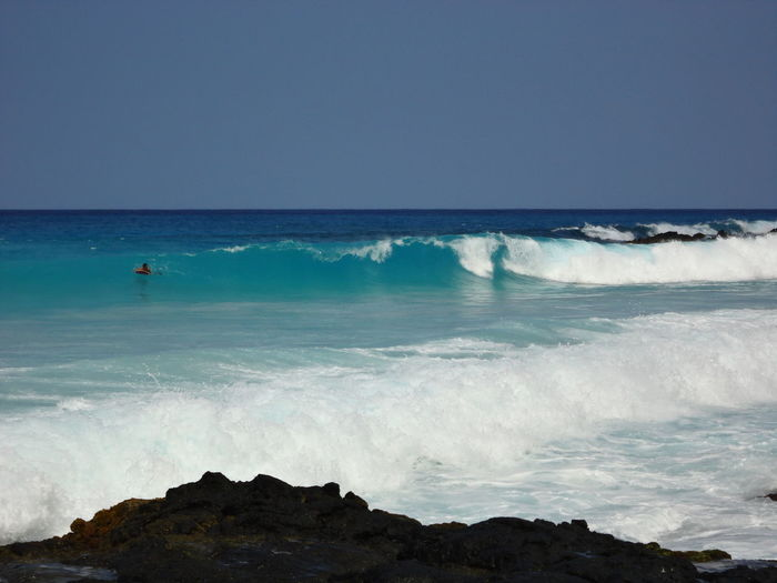 Hawaii Surfing Kona Blue Wave Bluesky Hot Day Beautiful Rocky Waves Breaking Waves Body Surfing Body Surfers Paradise No Filters  No Filter, No Edit, Just Photography 2016