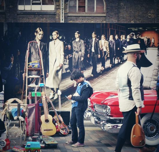 People And Places Car Boot Sale Retail  Sreet Market Street Life London Streets People Photography Casual Clothing Street Photography London Walking Around Enjoying Life EyeEm Best Shots EyeEm Gallery Style Enjoying The Moment People On The Street Vintage Shopping Vintage Style Trading People Street Photography City Of London LONDON❤ Vintage United Kingdom
