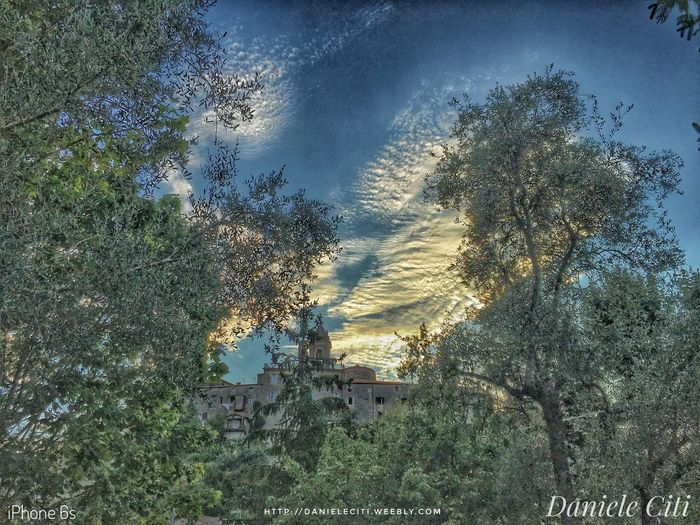 Beauty In Nature Built Structure Cloud - Sky Day Green Color Growth Idyllic IPhoneography Italy Italy❤️ Landscape Medieval Architecture MedievalTown Nature No People Non-urban Scene Outdoors Scenics Sky Tranquil Scene Tranquility Tree Tuscany