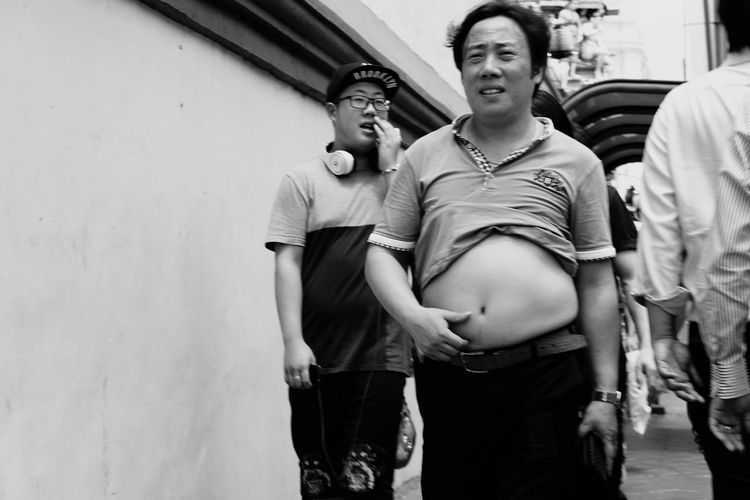 Belly needing a breather Belly Candid Photography Streetphoto_bw Candid People