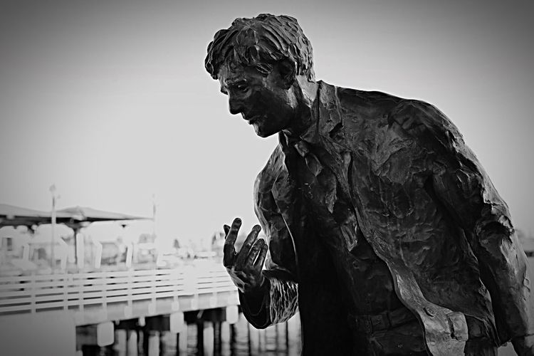 Outdoors Jack London Square Photography Canoneos6d Photographer The Street Photographer - 2017 EyeEm Awards The Great Outdoors - 2017 EyeEm Awards Photography Love Statue Pain Feeling