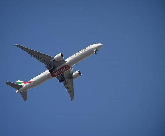 Aircraft Emirates Boeing Boeing777