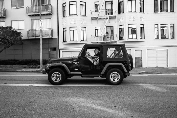 San Francisco, 2016. Jeep San Francisco Black And White Fujifilm X70 FujifilmX_US California
