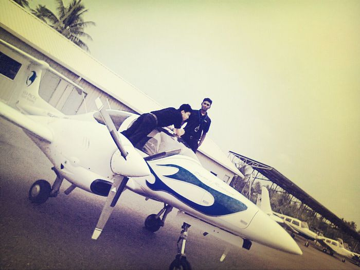My plane. . . . Pilot Brothers AirPlane ✈
