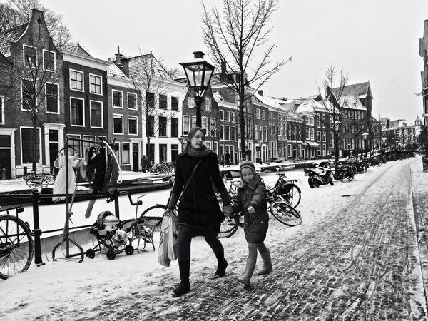 Streetphotography Snow WeAreJuxt.com Leiden