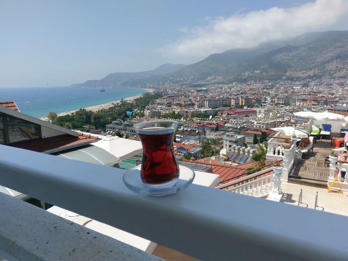 Ein Cay am Morgen, vertreibt Kummer und Sorgen Cayenne Turkey Alanya Beach Sunny Hotel Delicious City Sea