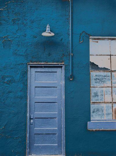 Blue Tints Blue
