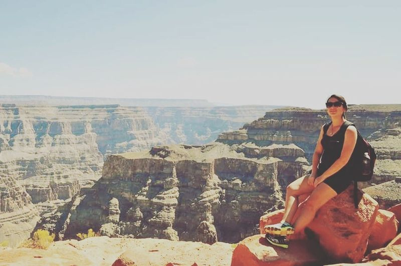 ✌ Only Women Travel Destinations Nature Desert Grandcanyon Grandcanyonnationalpark Grandcanyonwest Losangeles