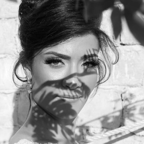 Headshot Close-up Indoors  Front View Focus On Foreground Beauty Looking At Camera Young Adult Person Human Hair Human Face Portrait Love Weddingshoot Eyestoriestudio Blackandwhite Blackandwhite Photography Black And White Sound Of Life Oh The Places We'll Go
