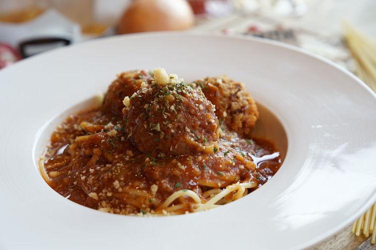 Spaghetti bolognese pork ball Cheese! Food Freshness Italia Plate Pork Ball Serving Size Spagetti First Eyeem Photo