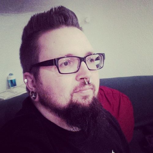 Manwithglasses Manwithbeard Beardedman Beard Septum Punisher Helix Plugs Tunnel Piercing Pierced Glasses Gepierct BART Mannmitbart Mannmitbrille Brille Nerd Nerdglasses Selfie Daniel