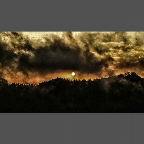 Midnight sunset Sunset Menoreh Nglinggo Mountain Evening JPMP Jpmpjogja Visitkulonprogo Visitkp Kp Kulonprogo Vacation Teafield Sun Cloudy Worldsunset INDONESIA Explorekp Explorejogja