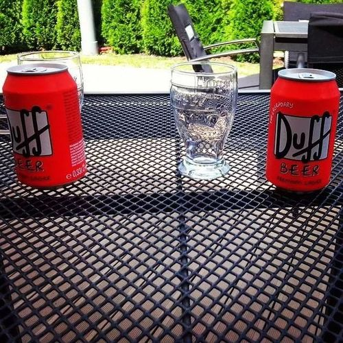 duff, beer, relax, chill out, zebra, restaurant, drink,