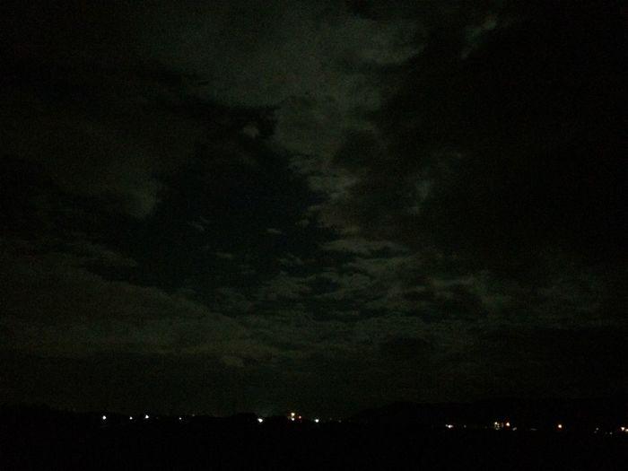 Good Night もう雲の形が変わってた。写真を撮る時にいつも思う。今しかない事