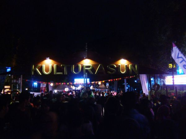 So much crowd here Kulturasun Bandung, West Java Indonesia Street (mobile) Photographie