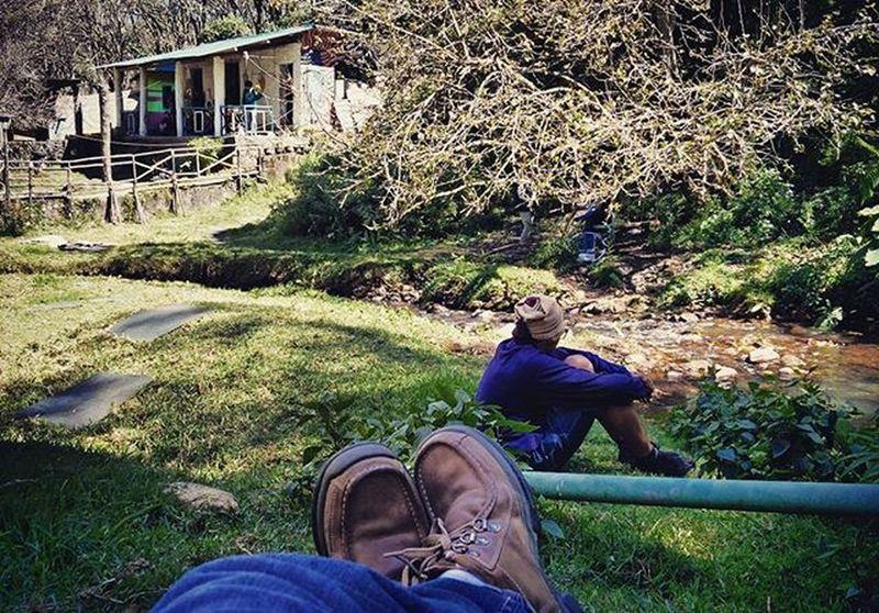 Vattakanal Chill Life Peace Relax Green Grass Lawns Beside Flowing River Water