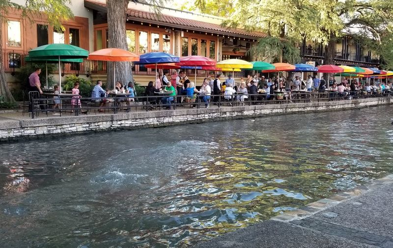 River Walk At San Antonio Relaxing Streetlife Rest & Relax Street Photography Beautiful Tourism Tourist Destination Wine And Dine  Water Men Multi Colored Architecture
