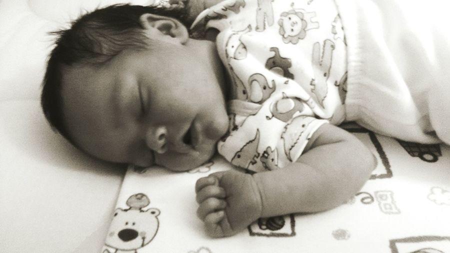 Bebe da família :) 10 Dias First Eyeem Photo