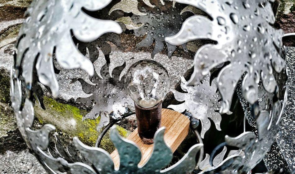Light Bulp Light Raining Raining Day Lampe Fassung Grey Home Sun Metall Sun Effect Drama Kunst Handwerk